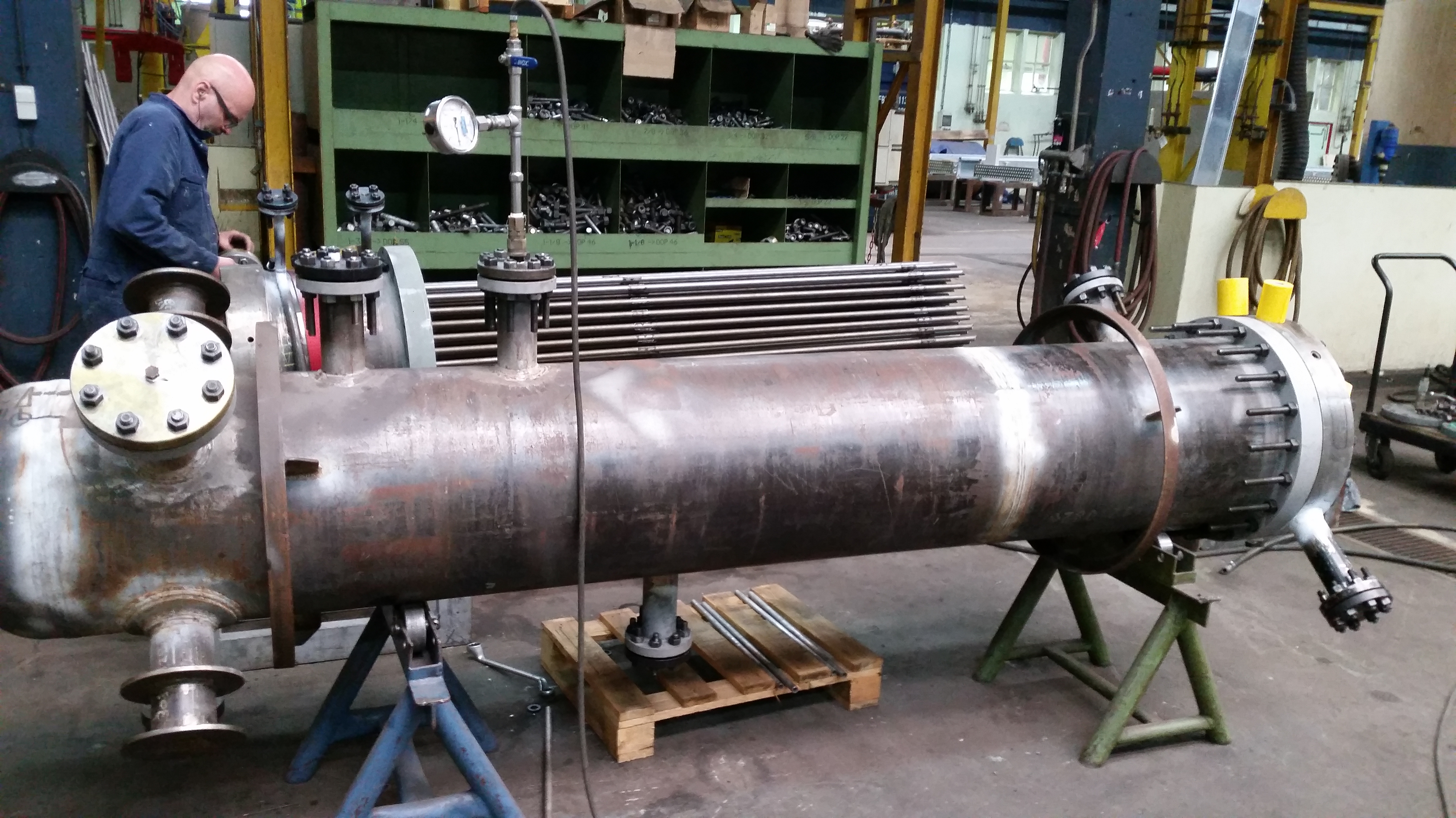 Working on a bayonet heat exchanger